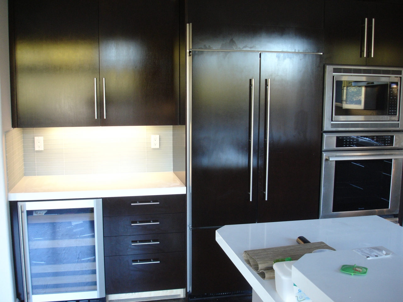 Contemporary Cabinet Doors With Oversized Pulls